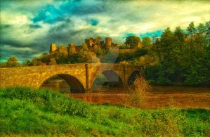 Ludlow Castle by runwhat