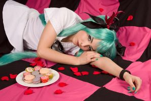 Miku - Something Sweet by ClamWings