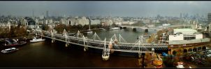 London.12: Thames.3 by CrLT