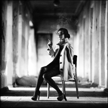 Girl on the chair by psychiatrique