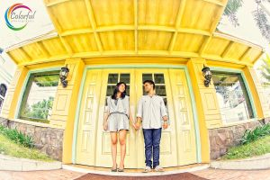 yellow we are in love by dantoadityo