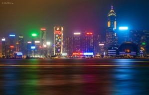 Hong Kong by Night by BenHeine