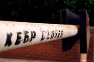 Keep Closed by red5