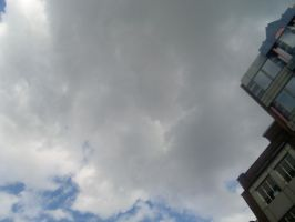 London sky by piccolasarina