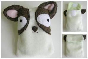 Dee Dee - chihuahua phone cozy by restlesswillow