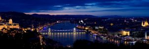 Budapest by DS1985