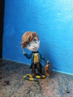 Newt Scamander by r0ra