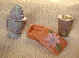 miniature flowery boxes by KRSdeviations