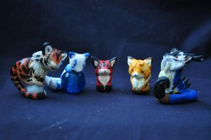 chibi sculptures by AlieTheKitsune