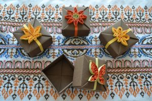 Origami Gift Boxes -Quilling Ornaments by ReverseCascade