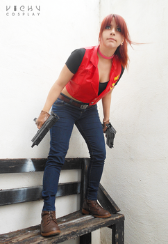 Claire Redfield - Back to the action by VickyxRedfield