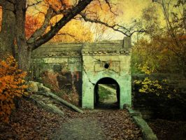 Old Boathouse and Dam by ElMonte