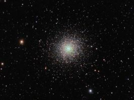 Great Hercules Cluster by DoomWillFindYou