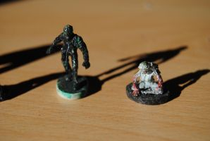 Tiny Figures - Left 4 Dead - Smoker and Witch by Debreks