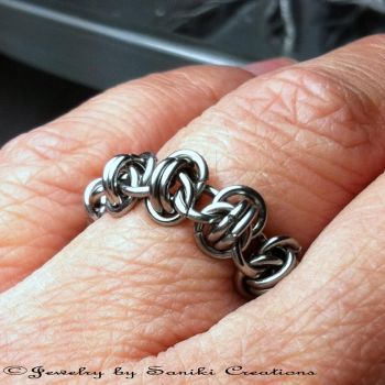Chainmaille Ring-Barrel Weave by sanikicreations