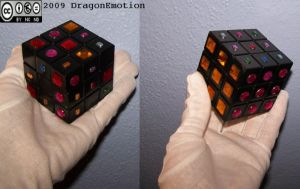 Rubik's Cube Pimped by DragonEmotion