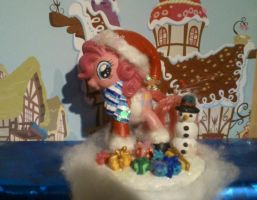 X-Mas Pinkie Pie by CelestPapermoon