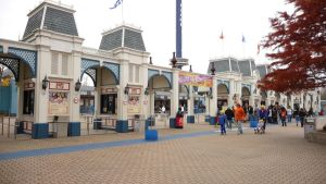 6 Flags Gate by CollegeCADKid8908