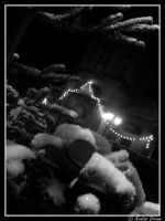 .: Christmas Tree with snow :. by Kratos-Dream