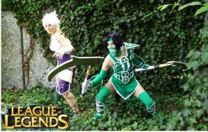 Riven and Akali by Stunt-Sheep