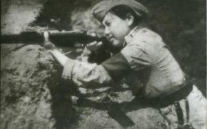 Chinesse female soldier WW2 by UniformFan