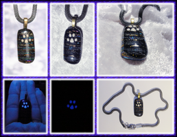 Cat Paw Pendant - Fused Glass in Violet by ChimeraDragonfang