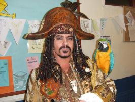 Pirate +real parrot from POTC by overlord-costume-art