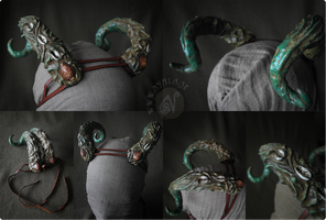 Sea Creature Horns (Up for grabs on Etsy!) by Nymla