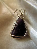 Amethyst wire wrap by Yanagi-no-Yume