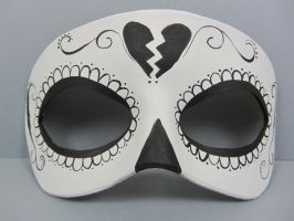 Day of the Dead black and white heart mask by maskedzone