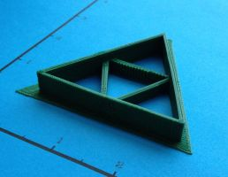 Zelda Triforce Cookie Cutter by WarpzonePrints