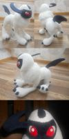 Absol Plushie by NattensDrottning