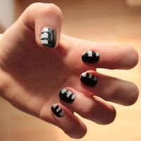 More Symmetry! *death the kid nail art* by Muffy-Fluff