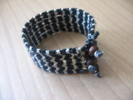 big bracelet in macrame II by enenauta