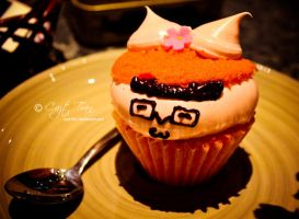 Happy Cupcake by cazt1811