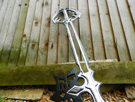 Kingdom Hearts Oblivion Keyblade by QueenNargles
