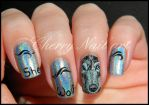 Nail art loup holographique by cherrynailart