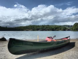 Canoe HDR by ToeTag