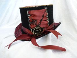 Red flower top hat by Serata