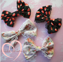 Small hair bows by ilikeshiniesfakery