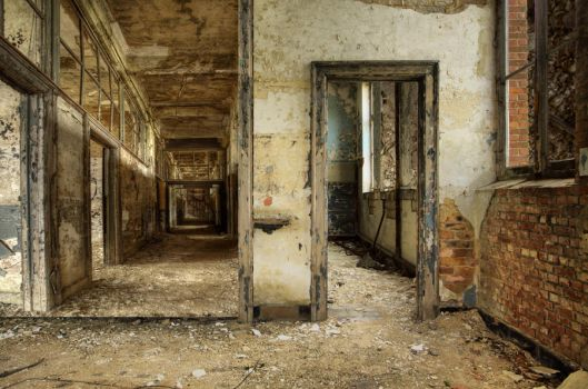 Empty Rooms Background by mysticmorning