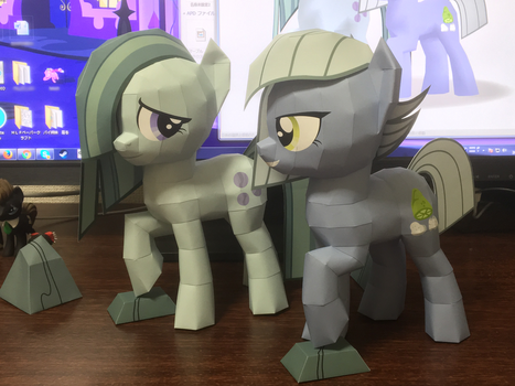 papercraft MarblePie and LimestonePie by robicraft