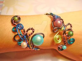 Snake cuff by colourful-blossom