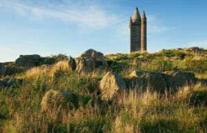 Scrabo Tower in September by Gerard1972
