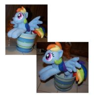 Rainbow Dash prop by Helgafuggly