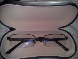 My new glasses by DinomanInc