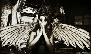 angel with the scabbed wings by xXxSILLYxBERRYxXx