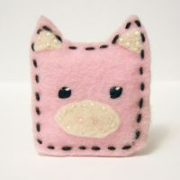 felt piggy brooch by coonies