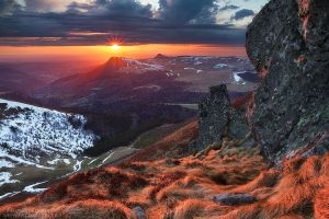 Ephemeral Red by FlorentCourty
