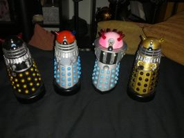 Custom dalek action figures - Doctor Who by Hordriss